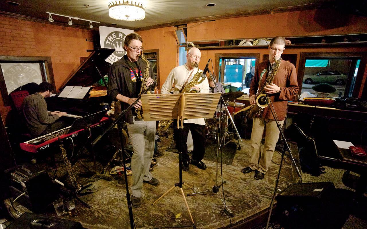 Mott Band